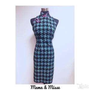 Cheongsam in tweed fabric