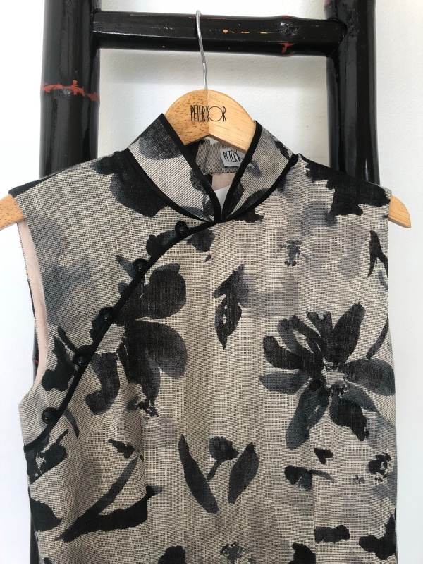 ff16f0f82 Below is a really pretty Japanese print in cotton, also priced at S$299. At  first sight, I thought it was a modern batik fabric until Peter corrected  me.